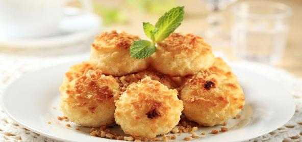 Coconut And Cashewnut Macaroons
