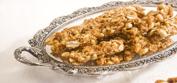 Groundnut Cake With Jaggery