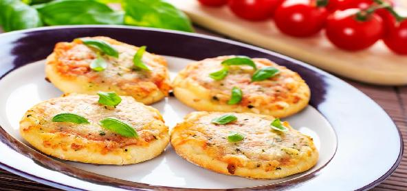 Quick N Easy Homemade Mini Pizza