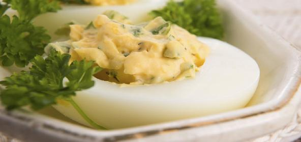 Stuffed Eggs With Mayonese Dip